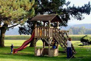 Kinderbeschäftigung-spielplatz