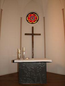 Konfirmationszeremonie in der Kirche