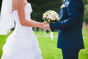 Fürbitten besiegeln auf schöne Weise die Ehe