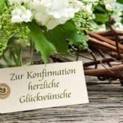 Blumenstrauß mit Etikett und Schriftzug
