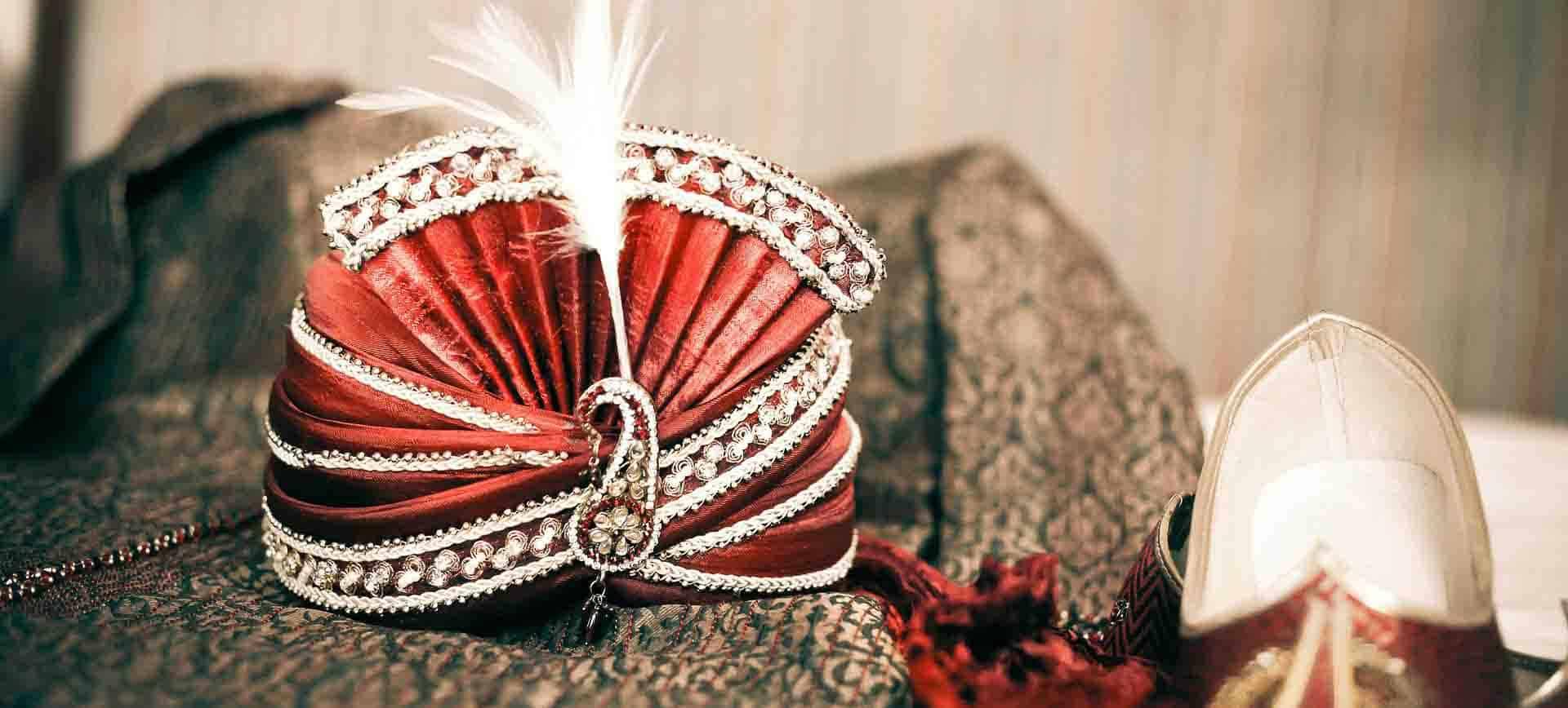 Kopfschmuck eines indischen Maharadschas
