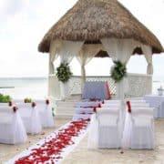 Trau-Pavillon am Strand